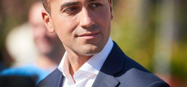 """Il festival della canzone italiana ha suscitato numerose polemiche in merito alla vittoria di Mahmood. E dopo il """"polverone"""" alzato da un Tweet di Salvini, anche Luigi Di Maio ha […]"""